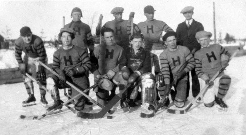 Hammond Hockey Team, 1932