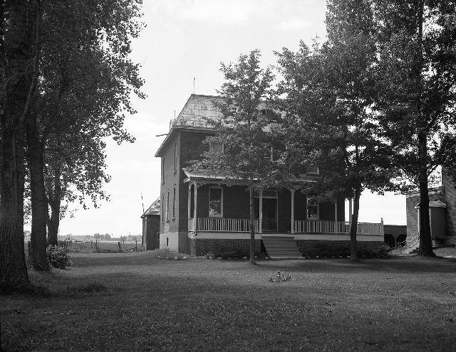 Saint-Mathieu Presbytery, 1947