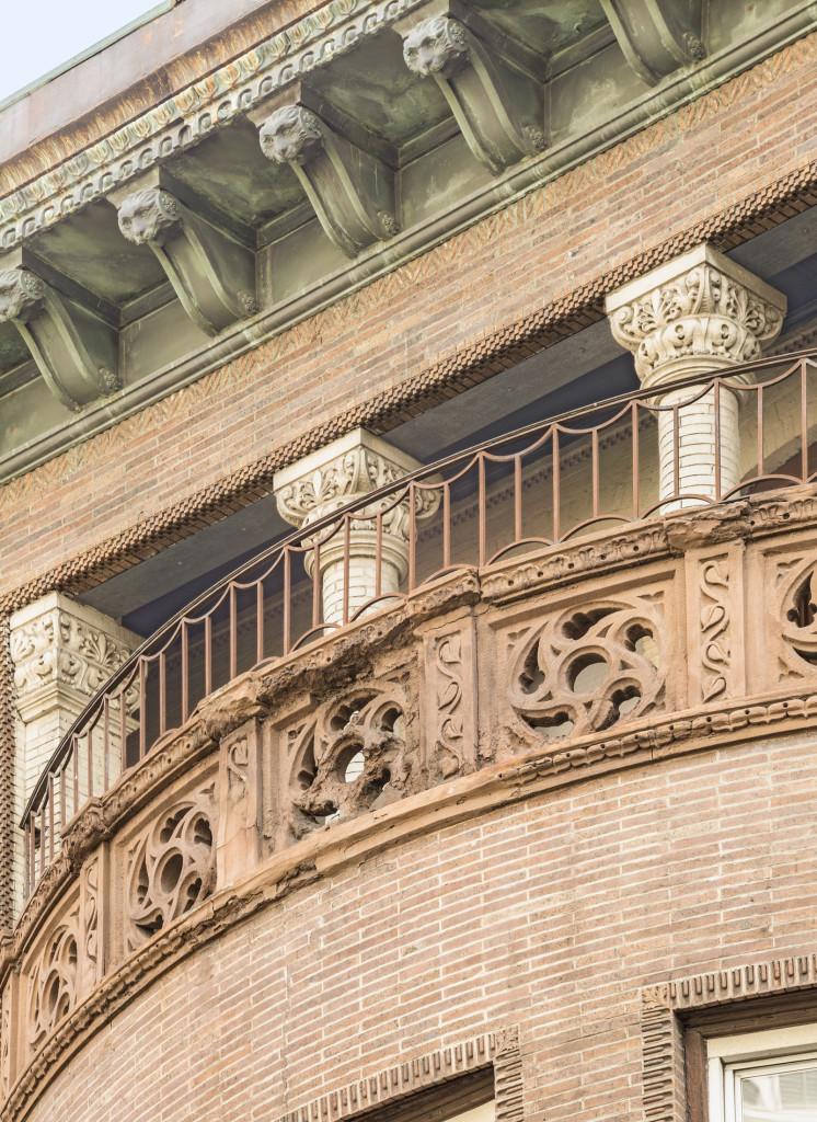 323-W.-76th-Balcony-1-2212_4-Combined-746x1024.jpg