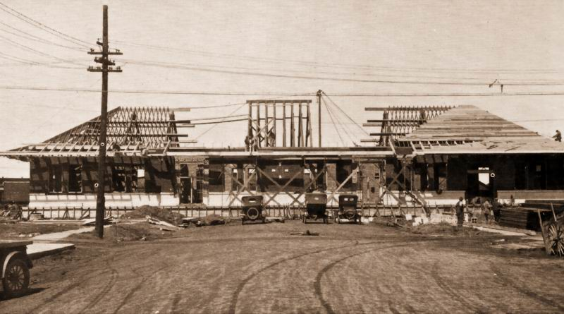 Current Depot under construction in 1924 (Svenson-Ludwig Collection, American Heritage Center)