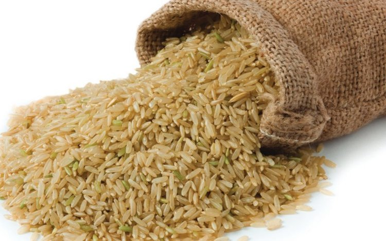 Brown Rice - Brown rice is gluten-free, high in fiber, manganese and antioxidants. It is low in carbs and calories. Brown rice is whole-grain rice with the inedible outer hull removed. It helps lower cholesterol, promotes fullness, and may help prevent the formation of blood clots. Available in bulk & for private label with customized packaging.