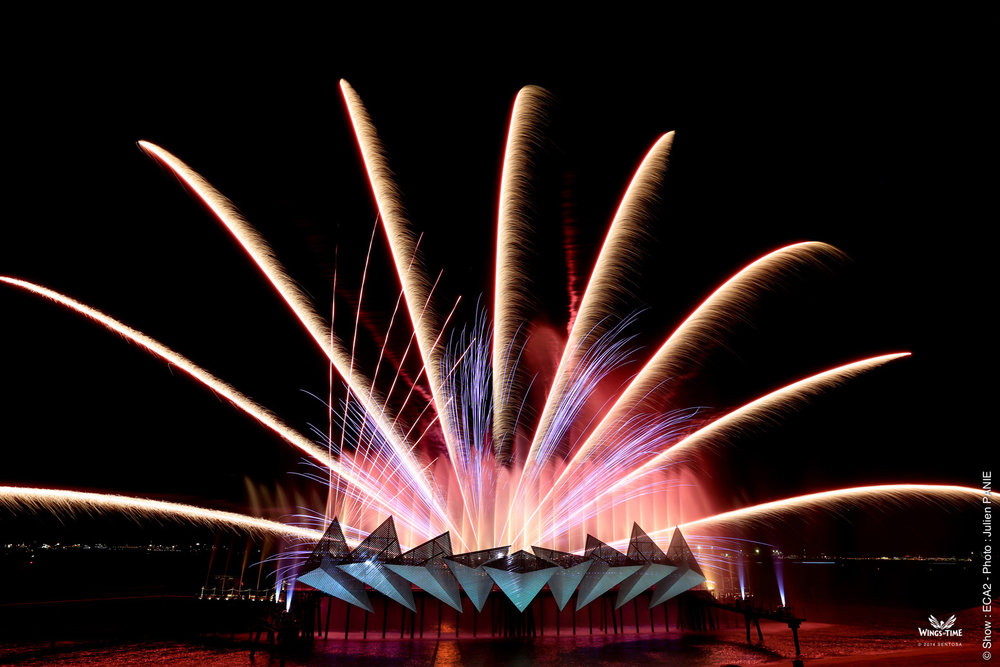 End the show on a high with a spectacular display of pyrotechnics and fireworks.