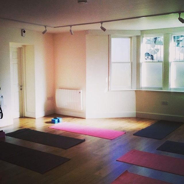 Saturdays are for being on your mat with our lovely Finnola and Melissa. Set your intentions and make things happen. 🙏🏻💪🏻💫. SATURDAY  08.45 - Yoga with Finnola  10.00 - Pilates with Melissa.  #TWS #pilates #yoga #weekendgoals #clevedon #studio