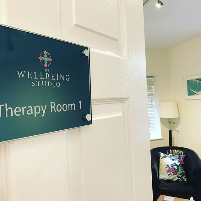 Did you know we have two beautiful Therapy rooms @thewellbeingstudio?! Integrating traditional body approaches such as Personal Training, Yoga (@yogabyfinnola) , Pilates, Massage (@kbmusculoskeletaltherapy), Osteopathy (@nimbleosteopathy) and Dietetics (@jgwdietetics) alongside support for the mind including psychotherapy and counselling is paramount to our ethos. DM if you'd like any more info! #TWS #clevedon #independentclevedon #wellbeing #studio #yoga #pilates #personaltrainer #dietician #osteopathy #counselling #sportsmassage #nlppractitioner