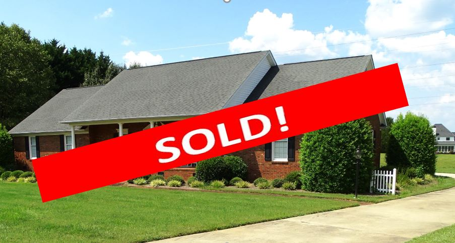 sold -Silver Ridge Court - Property features:The home features a ranch style brick home and lot3 Bedrooms, 2 full baths, 1 half bathGreenville County Tax Map ID# T021.03-01-013.00Built in 1995Approximately 2371 sq ft