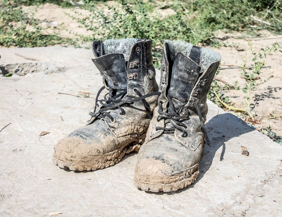 90703869-dirty-old-work-boots.jpg