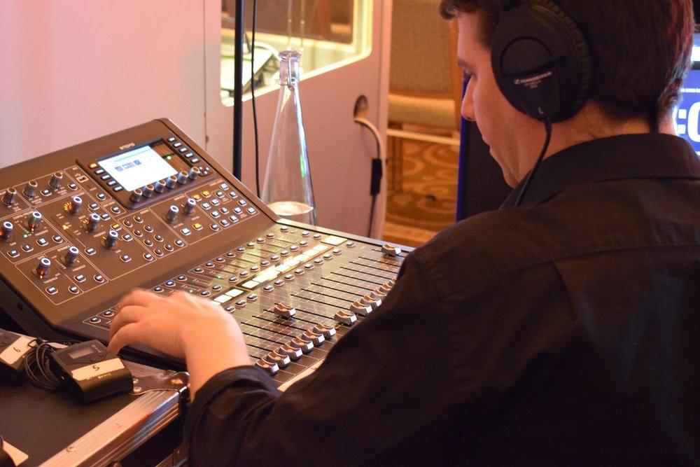 Sound Tech1.jpg