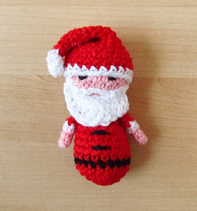 Santa Yoda Christmas Ornament Amigurumi Pattern - Wayward Pineapple  Creations   688x640