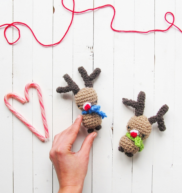 FREE Reindeer Crochet Patterns - The Lavender Chair | 677x640