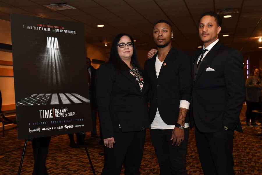"WASHINGTON, DC - FEBRUARY 27:  Family, film crew and invited guests attend the Viacom/Spike screening of ""TIME:The Kalief Browder Story"" at Landmark Theatre on February 27, 2017 in Washington, DC.  (Photo by Larry French/Getty Images for Spike)"