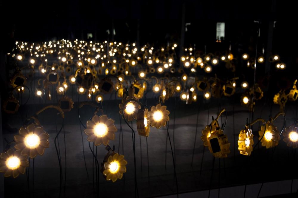 Jardín Little Sun en COP18, Doha, Qatar (2012) © Penny Wang