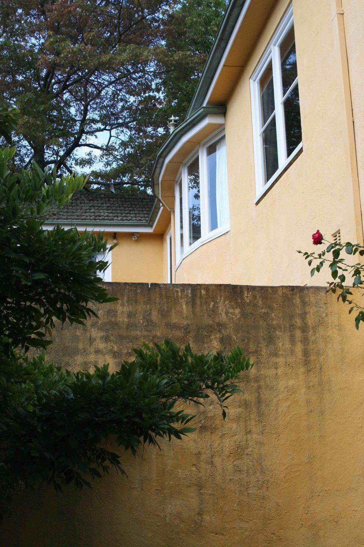 wallandhouse small.jpg