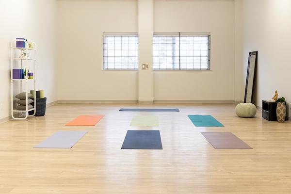 yoga-space-rental-vancouver-dance-room-rental.jpg