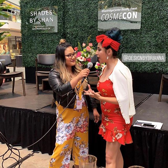 #CosmeCon2019 was 🔥We have so much fun doing event coverage and interviewing people 🎤 Photo by @brunette_of_vantes