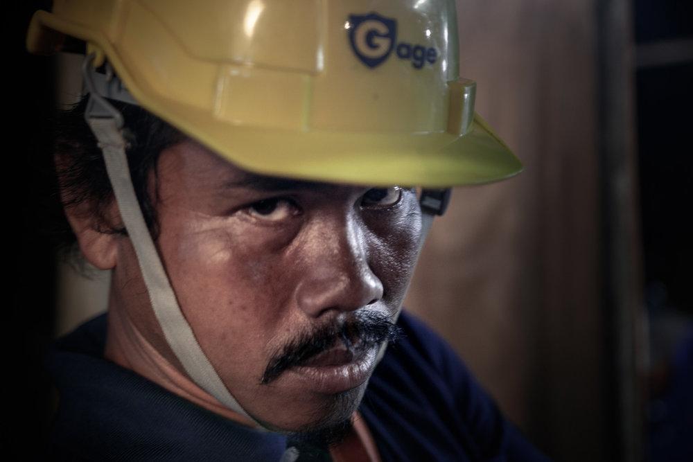 The_Cave-นางนอน-Rescue_Worker_2048px.jpg