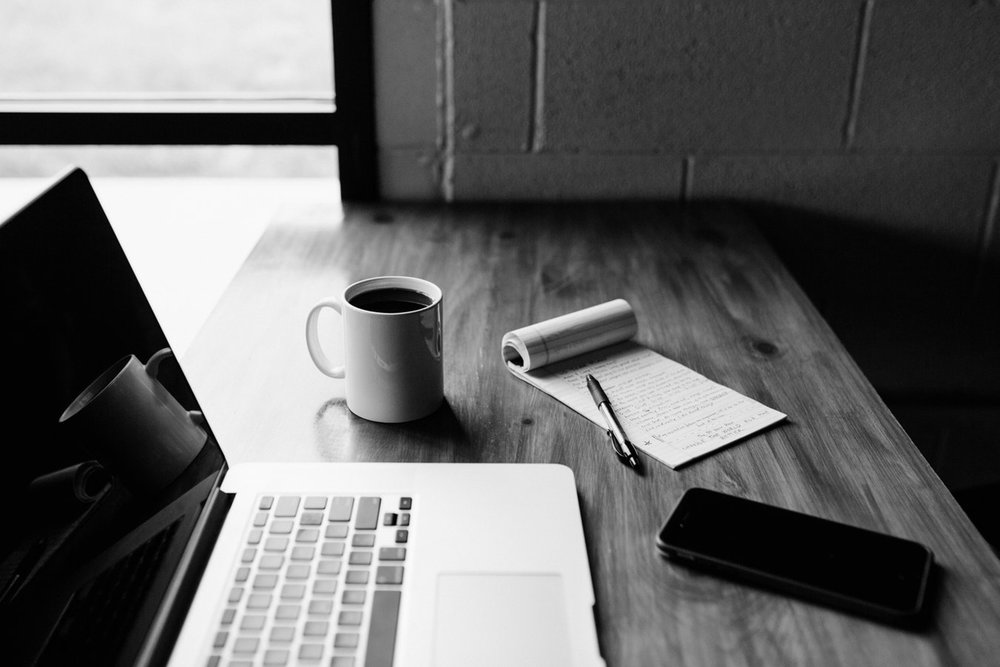 SERVIZI PER PROFESSIONISTI - Creiamo percorsi personalizzati che supportano nella messa a punto una strategia di Professional Branding.