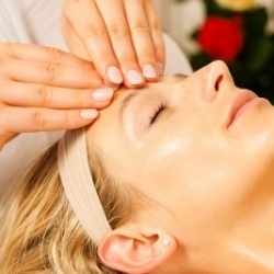 Natural Face Lift Massage -