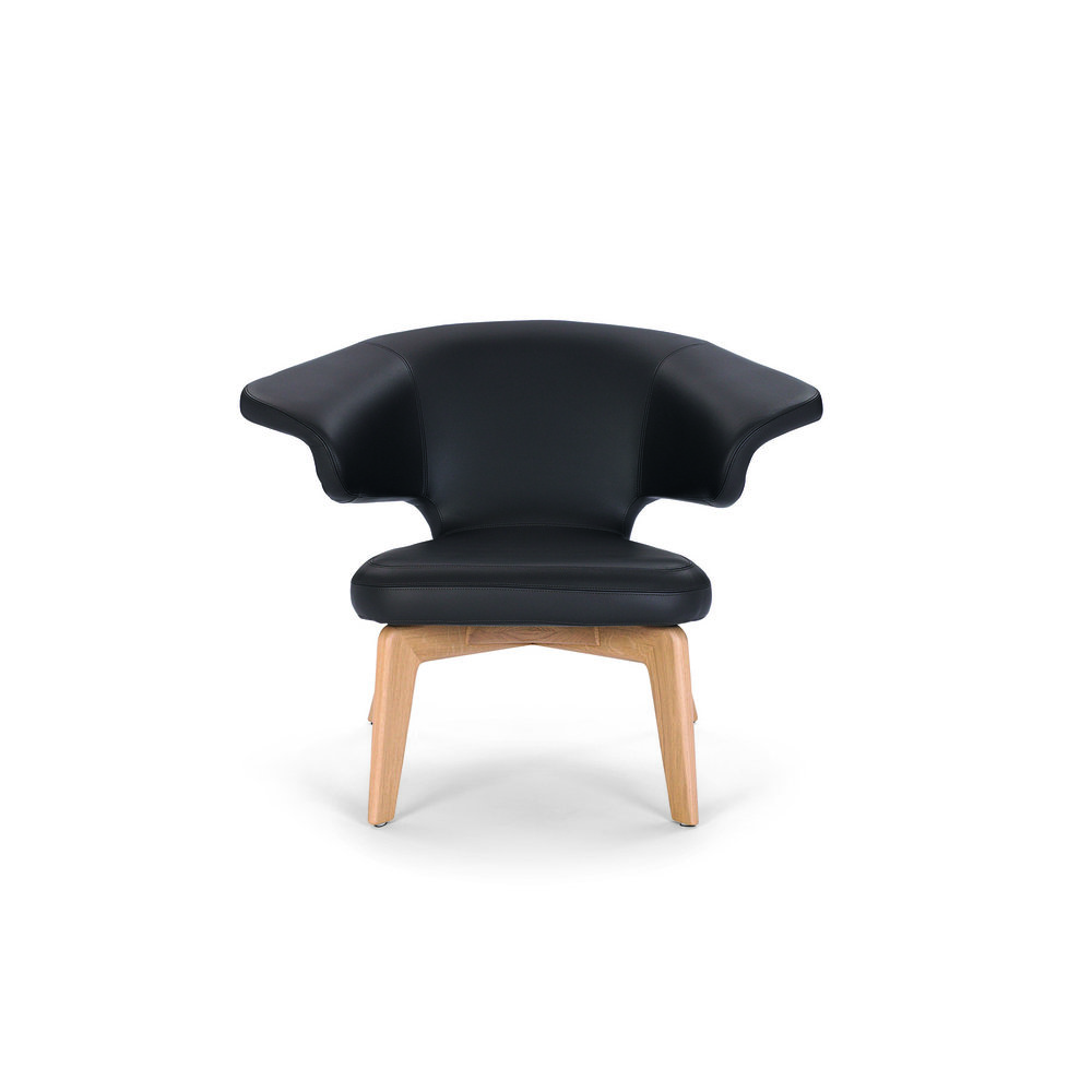 munich-lounge-chair-walnut-leather-black-front.jpg