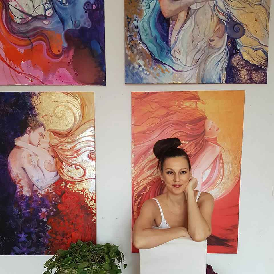 Ines-Honfi-painter.jpg