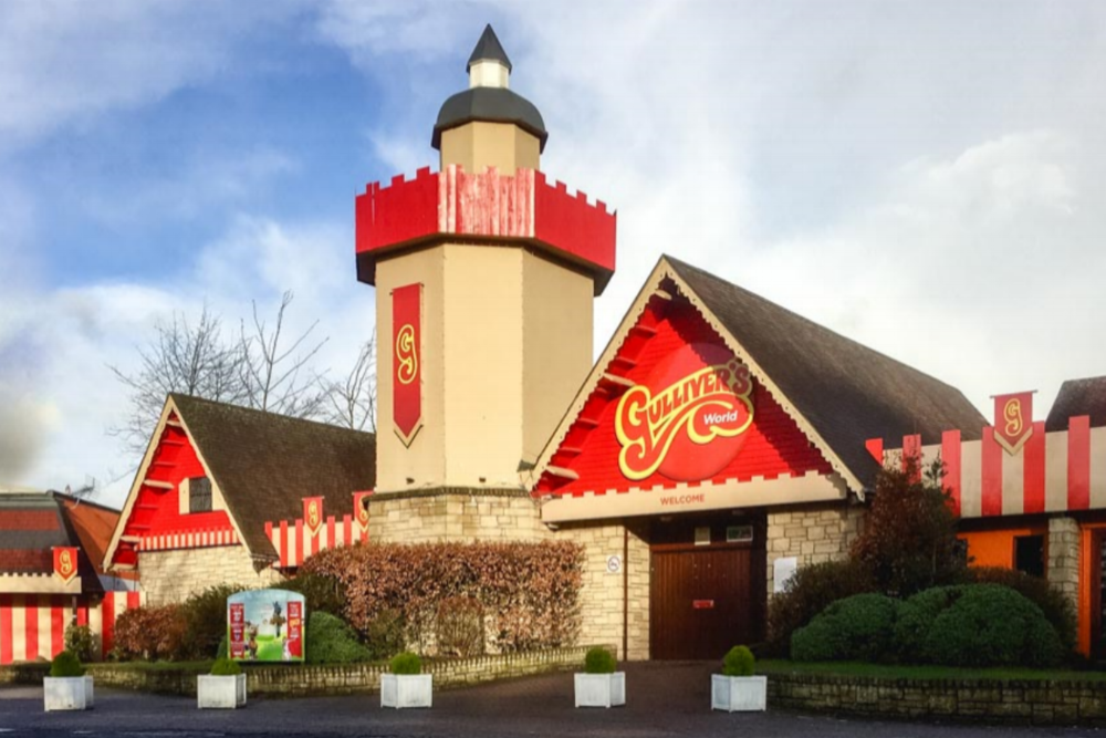 Gulliver's World leisure resort - Planning applications for a new £3.8 million children's themed leisure resort and hotel adjacent to the existing theme park in Warrington.