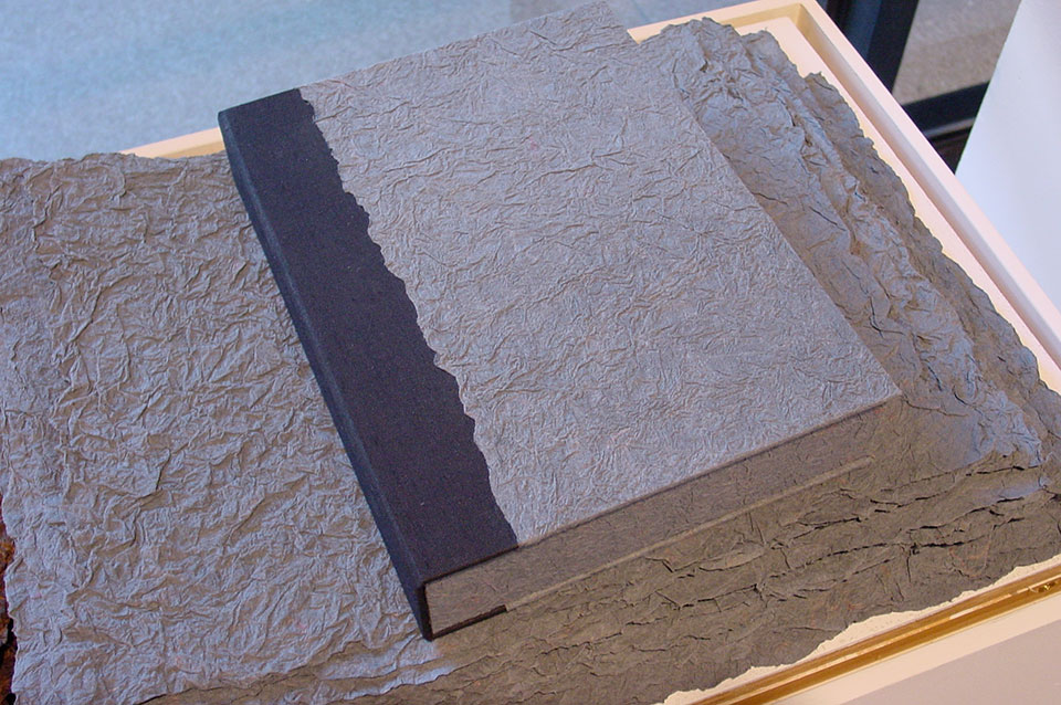 edwin-hark-collection-textured-linen-paper.jpg