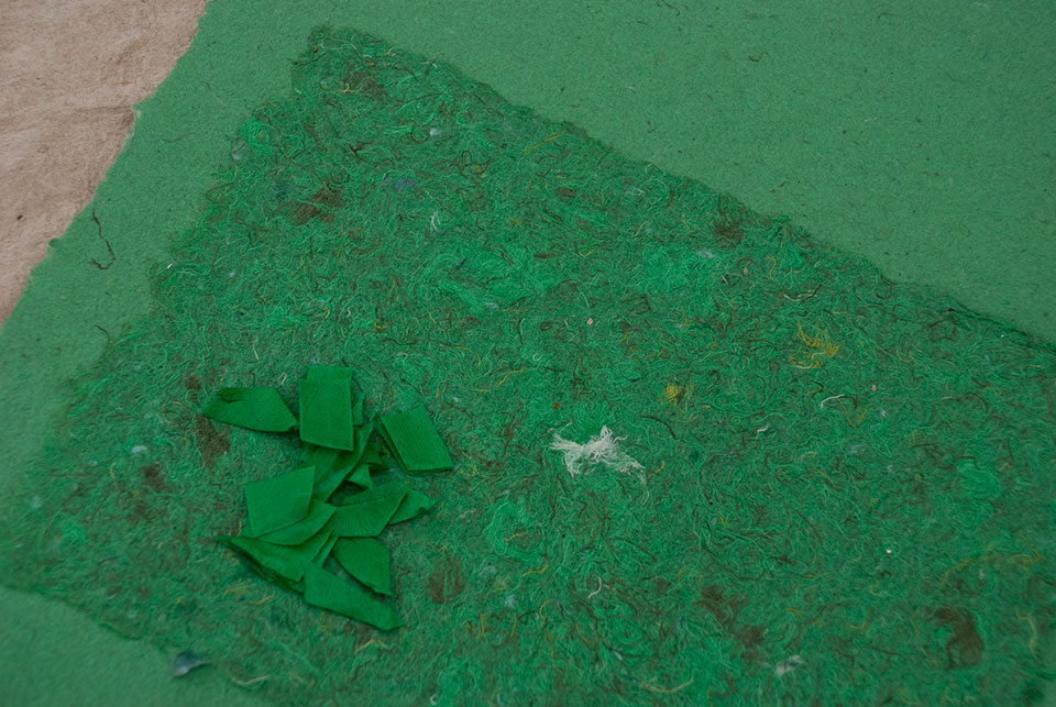 handmade-paper-from-green-textile-waste.jpg