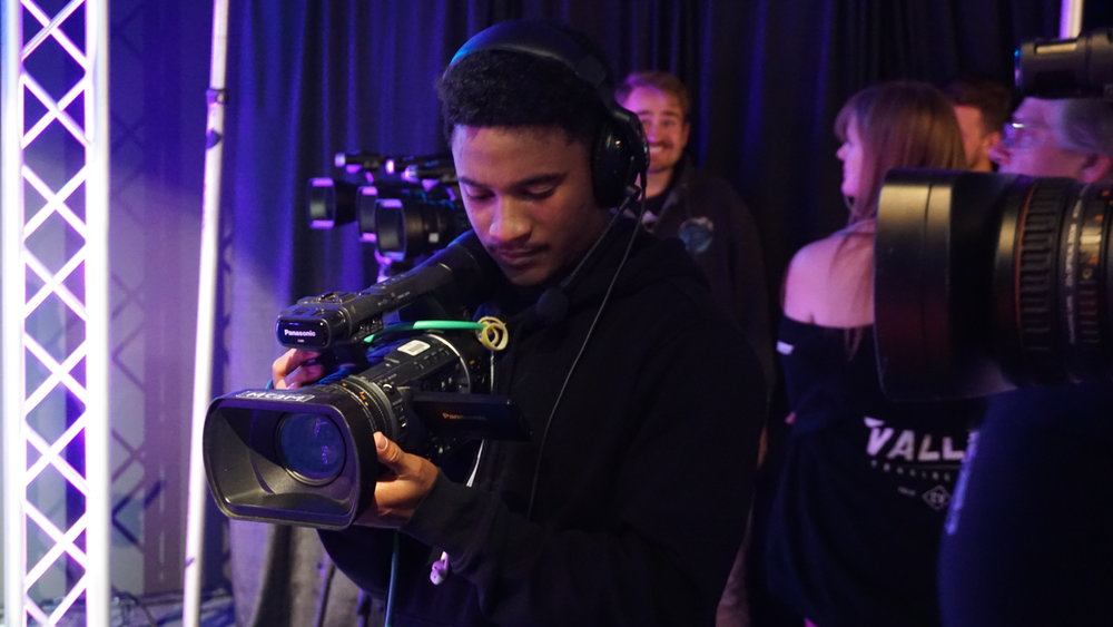 Taj Dawson - Handheld Camera