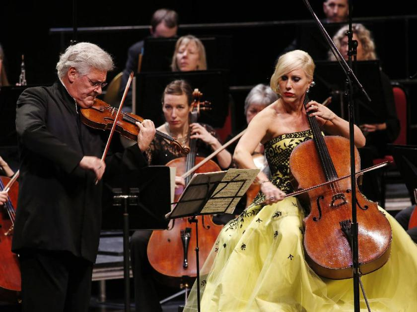Amanda Forsyth performed as a soloist for the last time while being the principal cellist for the National Arts Centre Orchestra. She is seen here with Pinchas Zukerman.  DAVID KAWAI / OTTAWA CITIZEN