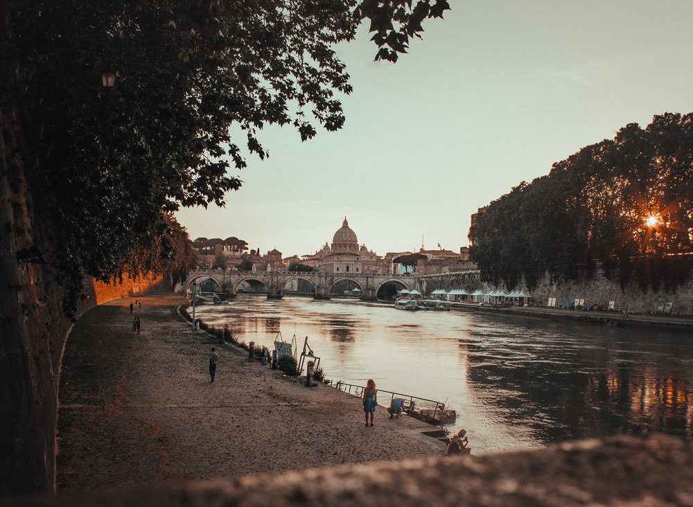 More on Italy - Read more money saving travel tips and about our first time in Italy by clicking the image.
