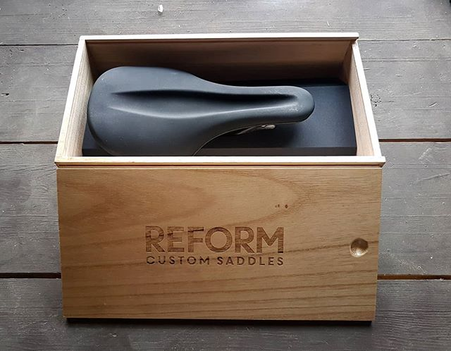 Our redesigned packaging. Every REFORM Saddle comes in these beautiful re-useable wood boxes. Like our saddle it is simple and timeless on the outside with loads of tech on the inside. 🙌🏾