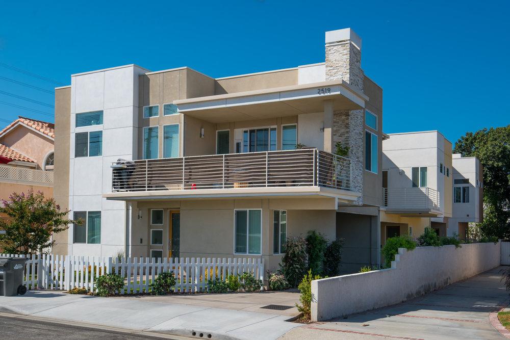 2519 Rockefeller Ln Unit C, Redondo Beach 90278