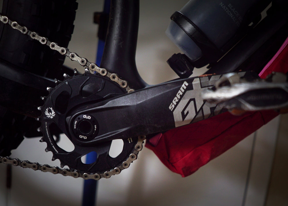 SRAM DUB & GX Eagle Cranks: - I went for the new SRAM DUB BB because I think industry standardization for bottom brackets is one of the best things to happen to the cycling industry in a long time. The 175 mm GX cranks were an easy and inexpensive option for me on this build.