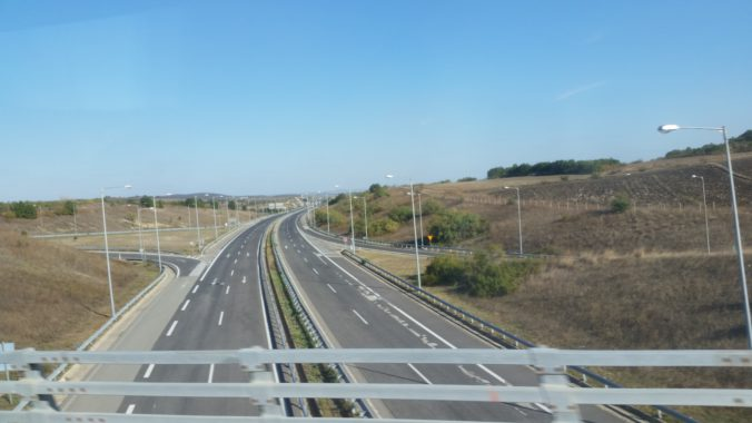 The new highway leading to the border crossing of Kipoi/Ipsala.  Photo: Bernd Kasparek