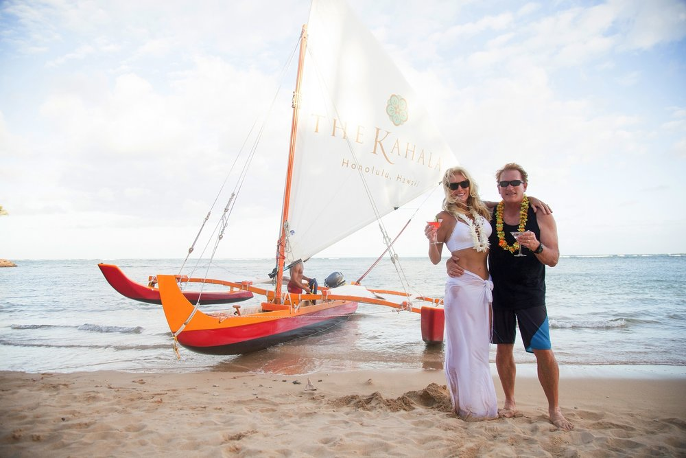oahu couples honeymoon beach portrait