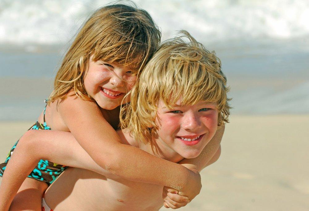 kids beach vacation photo waikiki oahu hawaii photography