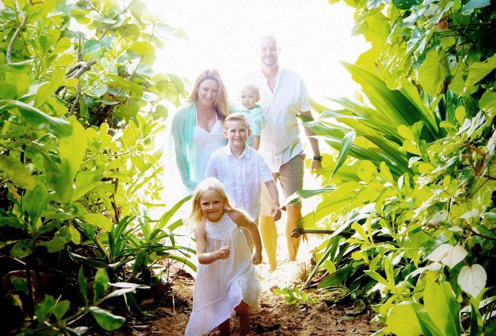 family beach vacation photographer oahu hawaii