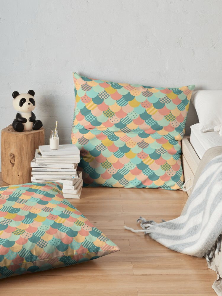 Relax in style with scalloped design in retro twist