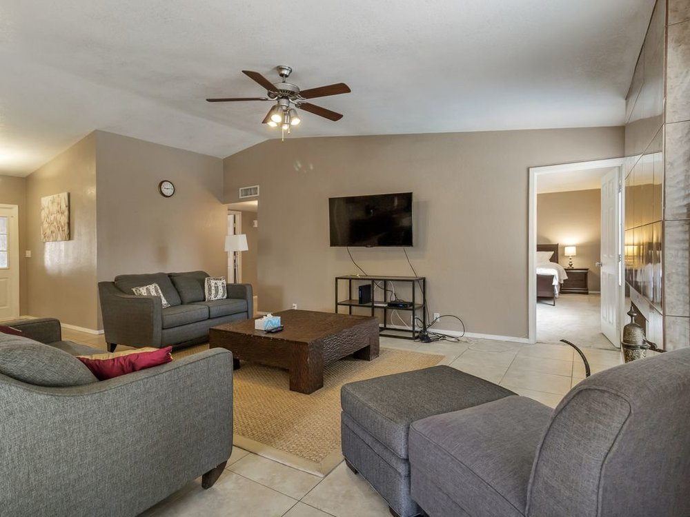 Central Scottsdale Getaway - Noma Vacation Rentals in Scottsdale