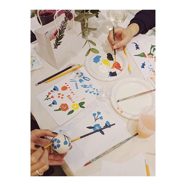 A couple of images from our brilliant bauble workshop with the wonderful @laurageeart Thank you to everyone who came and made it such a lovely evening! Remember, we still have Kid's Club Drop In all day today and our late night shopping event on Friday! 🌟⠀ .⠀⠀⠀⠀ .⠀⠀⠀⠀ .⠀⠀⠀⠀ .⠀⠀⠀⠀ #cassiuschristmas #shopindie #thelifestylecollective #chasinglight #finditstyleit #livethelittlethings #kinfolkstyle #darlingdaily #currentdesignsituation #pursuepretty #thatauthenticfeeling #visualcrush #photosinbetween #postitfortheaesthetic #astilllifestyle #gatheredstyle #themindfulapproach #crouchend #plantpots #mystoryoflight #awakethelight #alittlebeautyeveryday #verilymoment #photosinbetween #feelfreefeed #curatedlife #instastyle #christmas #event #festiveevent