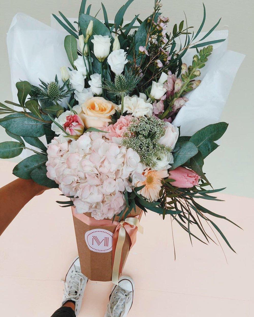 Luxe bouquet - Shop Now