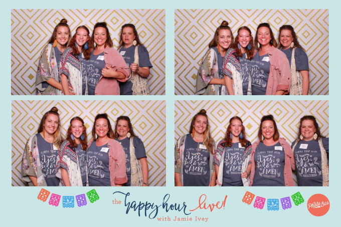 happyhourlivephotobooth.jpg