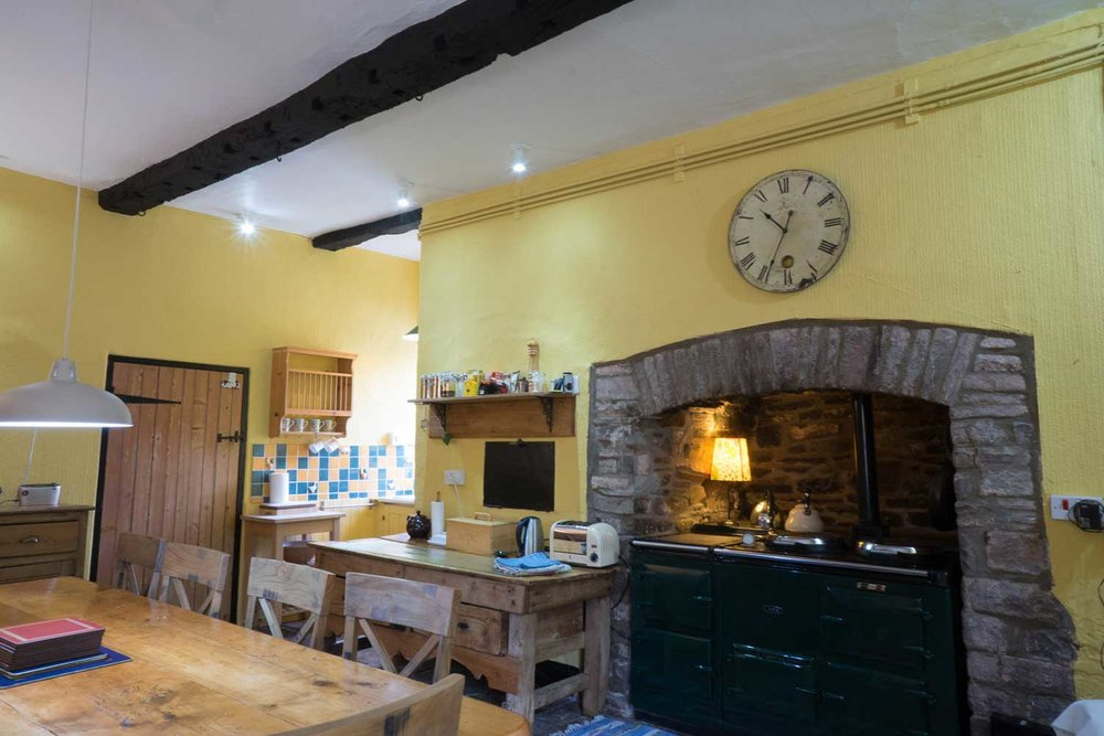 Secluded-eco-holiday-cottage-in-the-Brecon-Beacons.jpg