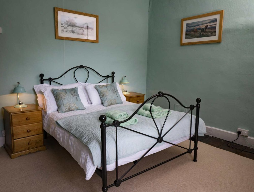 Dog-friendly-holiday-cottage-close-to-pub-in-Brecon-Wales.jpg