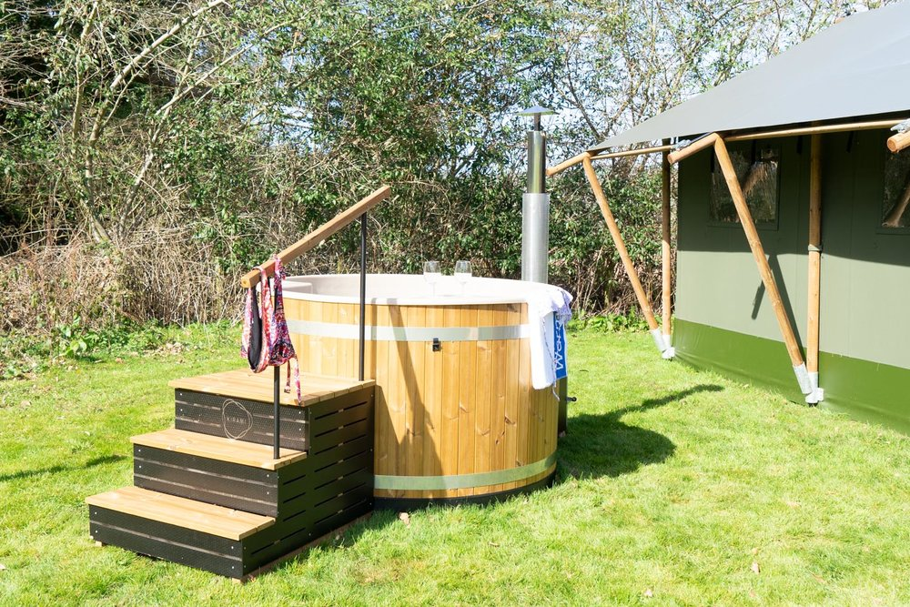 Wood-fired-hot-tub-at-Talybont-Gilestone-Luxury-Glamping.jpg