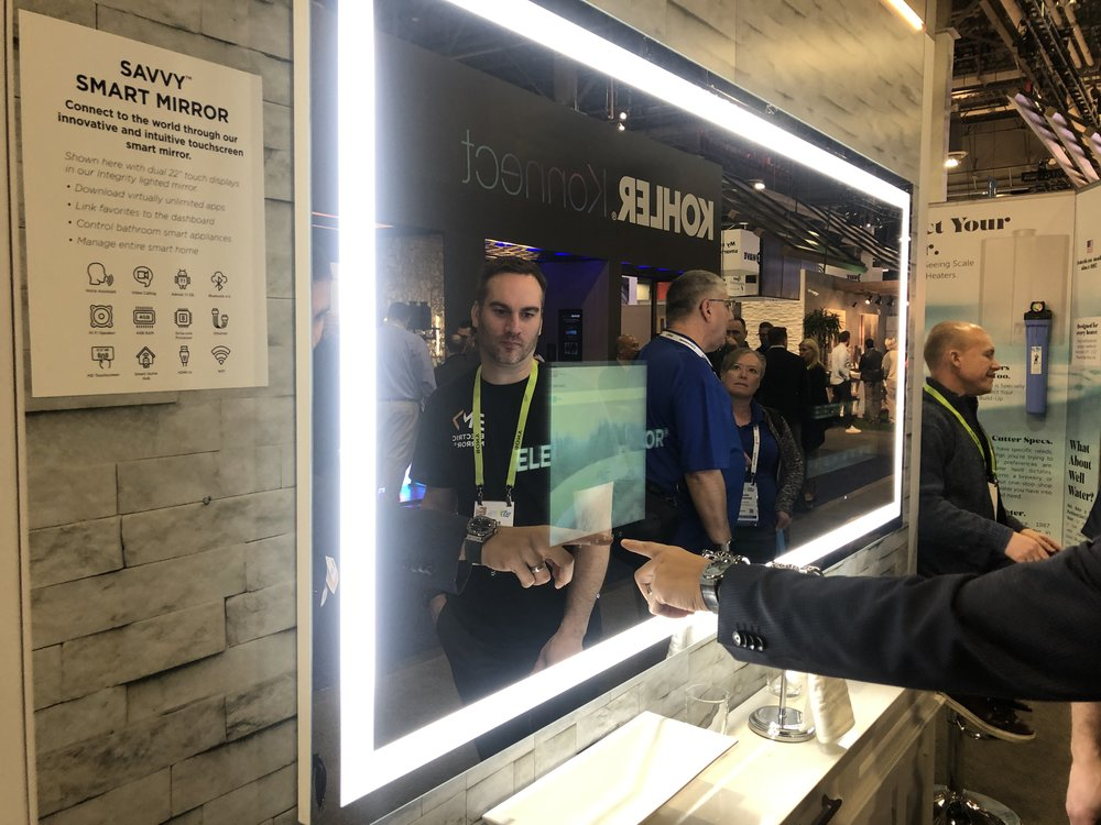 smart mirrors ces 2019.JPG