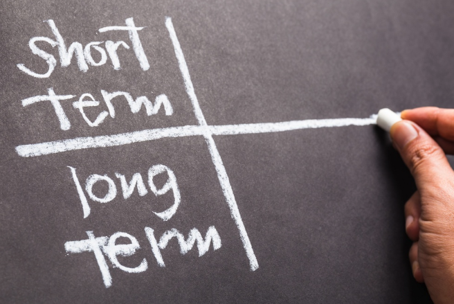 Short-term vs. long-term seo strategies.