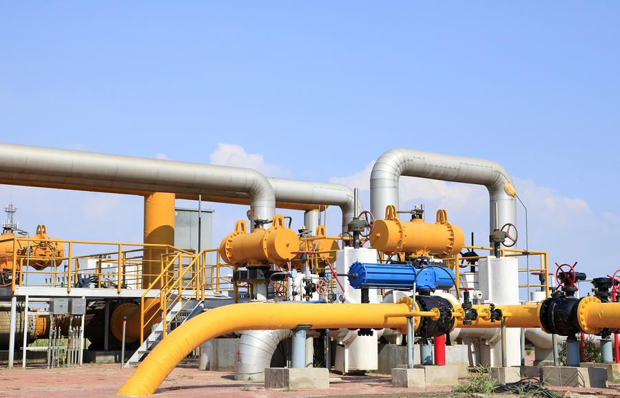 bigstock-Oilfield-Equipment-72412156.jpg