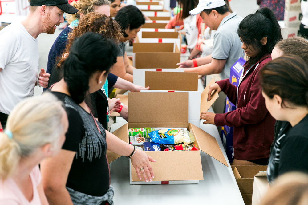 2 DEC CHRISTMAS BOX PACKING DAY - HI RES-80 Cb website.JPG
