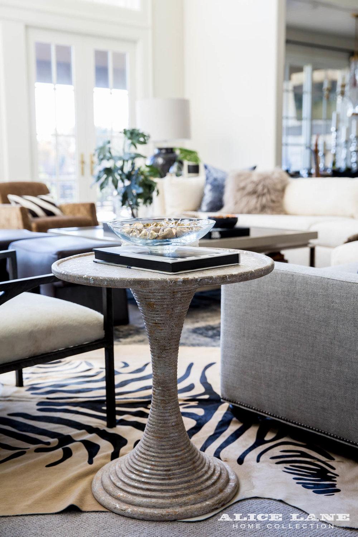 Ivory Lane Family Room | Alice Lane Interior Design | Photo by Lindsay Salazar