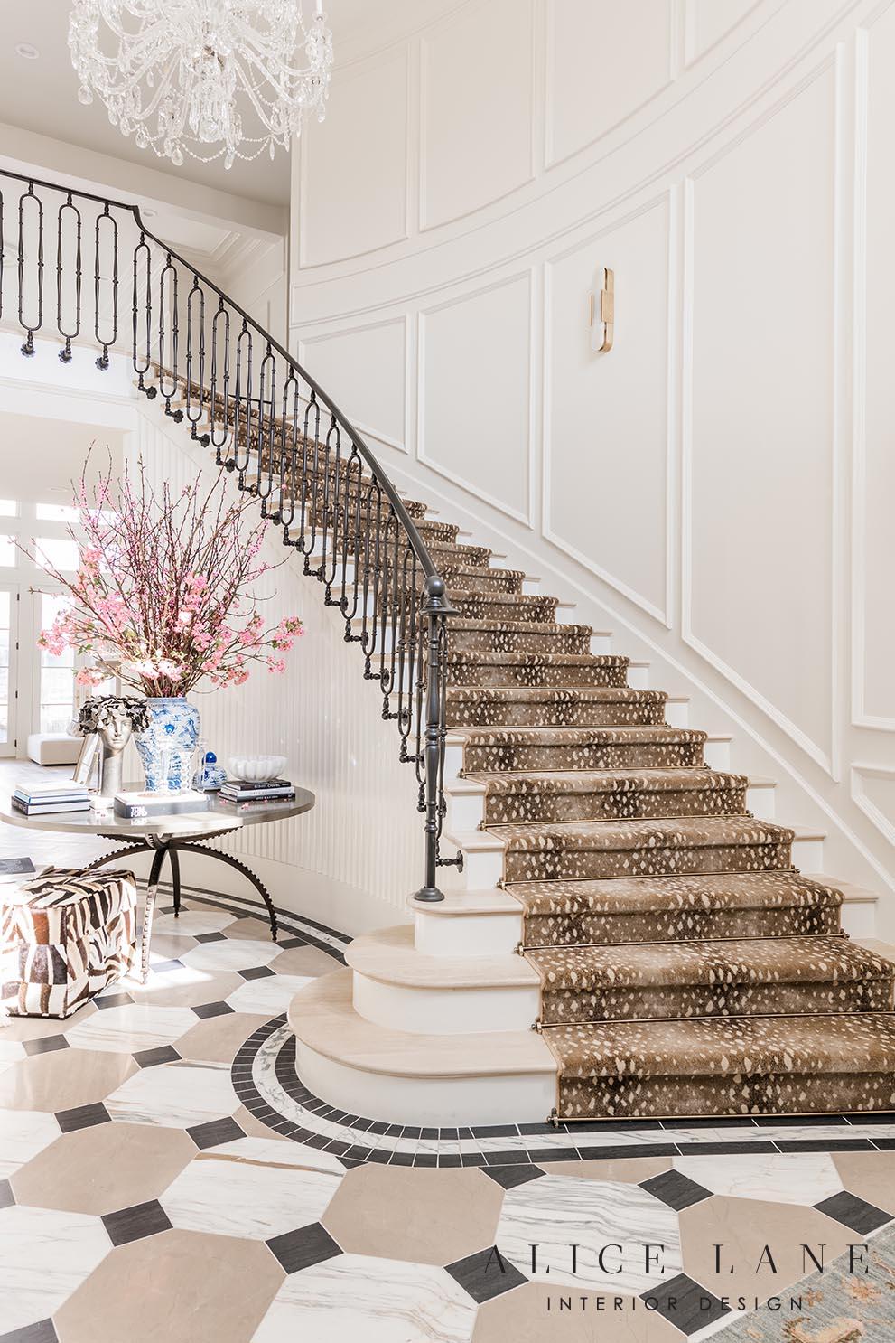 Rachel Parcell's Entry | Alice Lane Interior Design | Photo by Rebekah Westover
